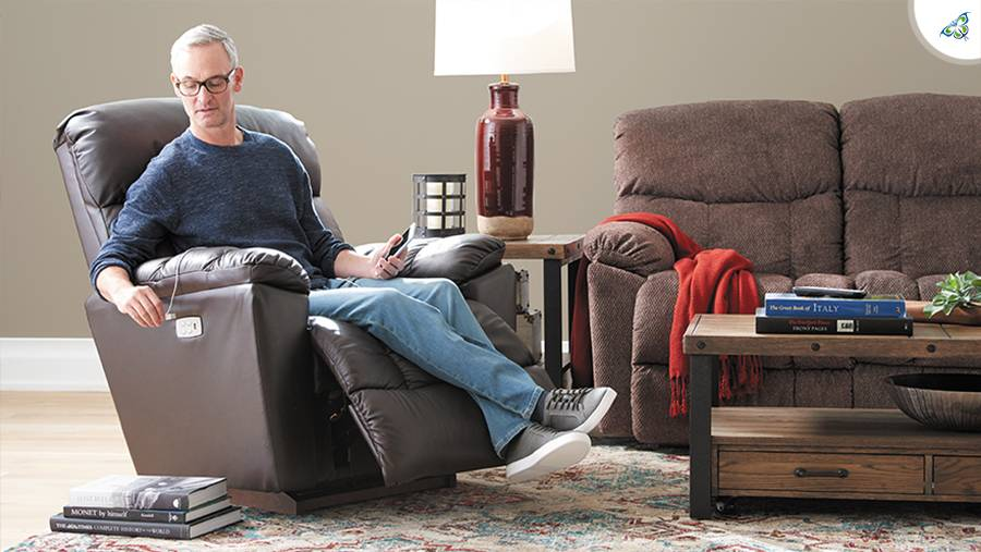 Are lift chairs the same as recliners?